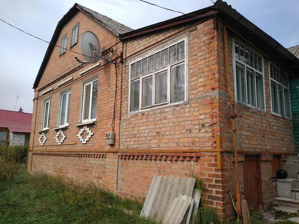 Продам.. кирпичный дом в пгт. Высоком.