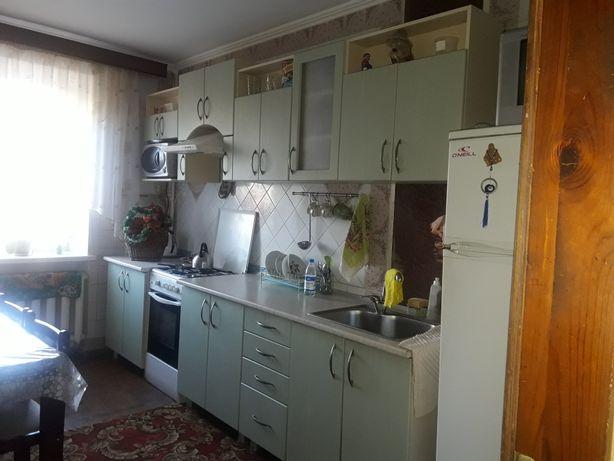 Продам 3 комнатную квартиру в Центре города у самого моря