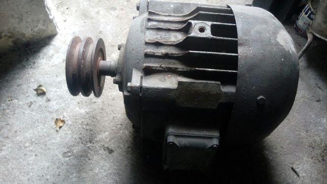 Silnik elektryczny 3f duża pożądana maszyna okazja