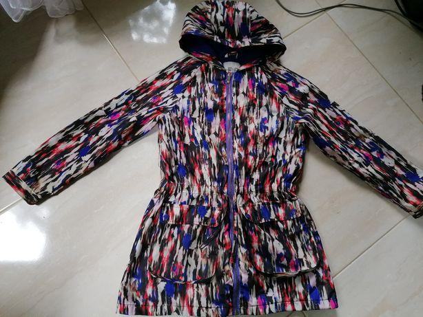 Sprzedam kurtkę wiatrówkę firmy French colecions