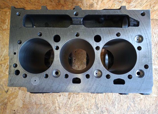 Blok cylindrowy kadłub silnika MF 255, 235,Ursus 2802, 2812, 3502,