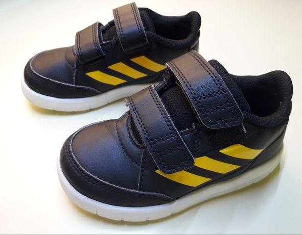 Ténis Adidas n. 24