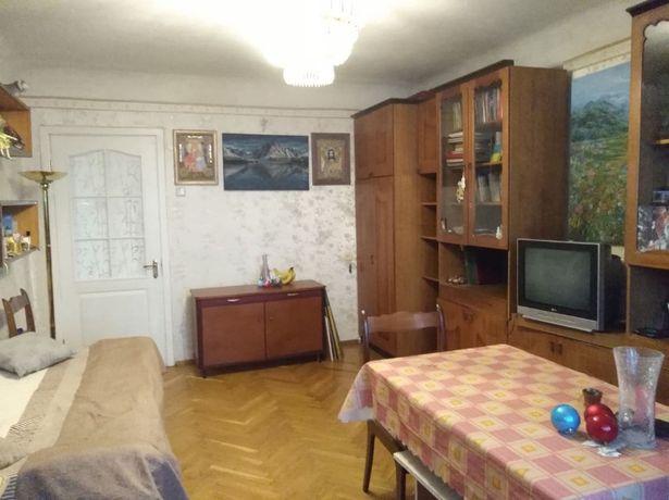 Комната в 2-х комн. квартире с хозяйкой