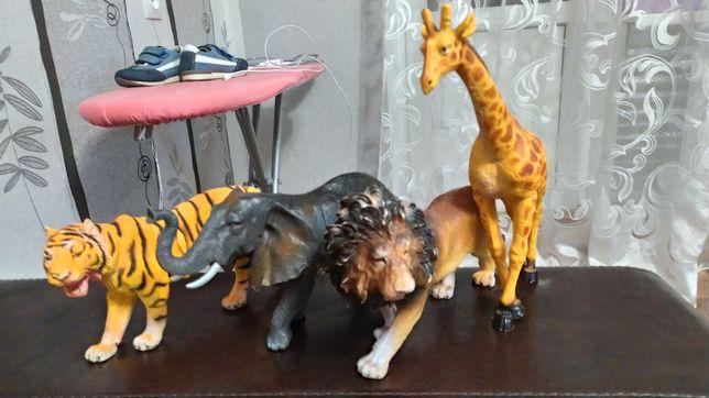 Детские игрушки звери