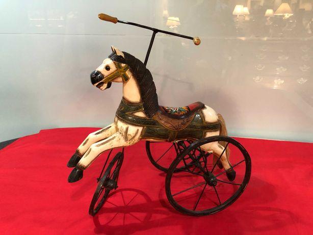 Triciclo antigo - CAVALO