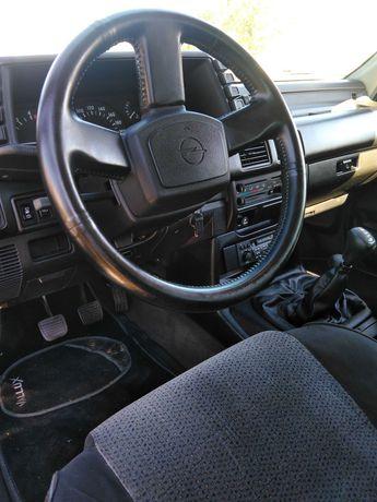 Opel Frontera 2.8 Isuzu