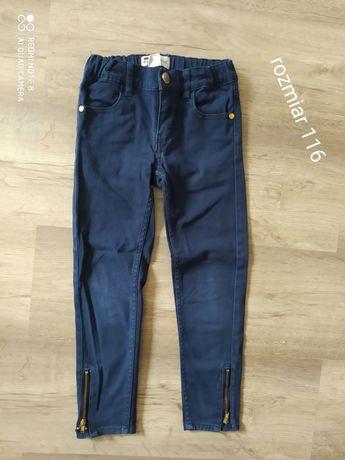 spodnie rurki z zamkami rozmiar 116