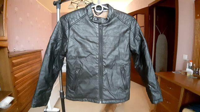 Курточка кожзам 134 рост мальчик девочка утепленная