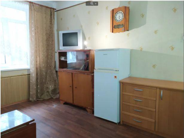 Продам 1 комнату в 2 комнатной квартире Приватизированна! 8000у.е. GD