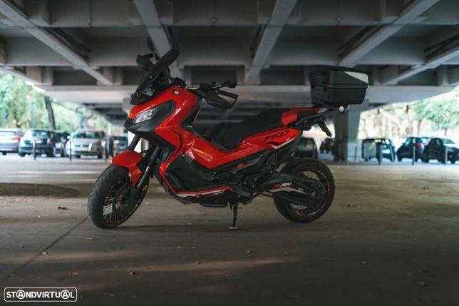 Honda X-ADV 750 (Personalizada)
