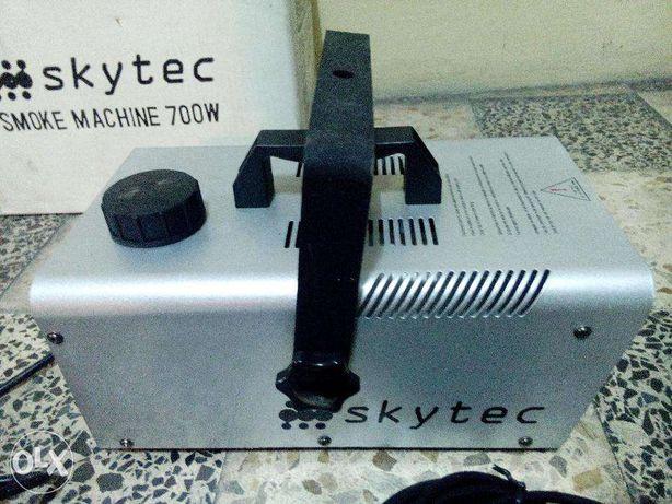 Maquina de fumo SKYtec 700w