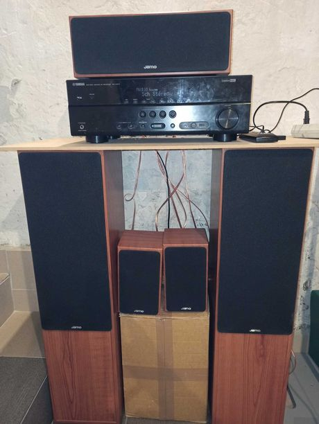 Amplituner wzmacniacz Yamaha RX-V373 DVD z kolumnami 5.1 JAMO 413S