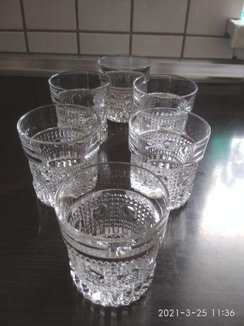 Szklanki z grubego szkła