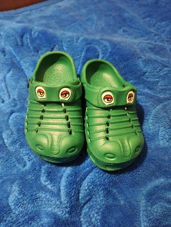 """Klapki """"crocs"""" 24/25"""