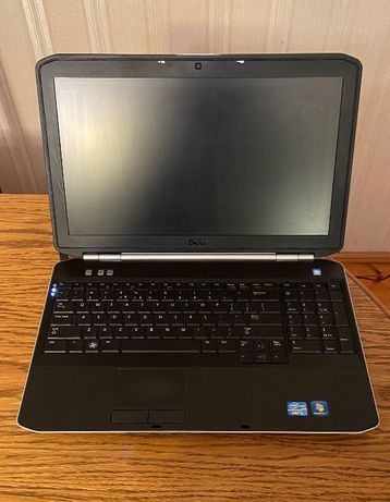 Laptop Dell E5520 i3 4GB 120GB SSD Windows 7/10 NOWY DYSK !!!