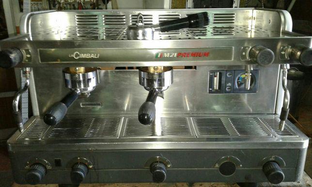 Maquina de café 2-grupos CIMBALI