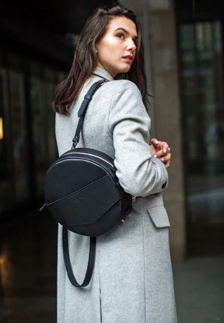 Кожаная женская круглая сумка-рюкзак Maxi черная! натуральная кожа