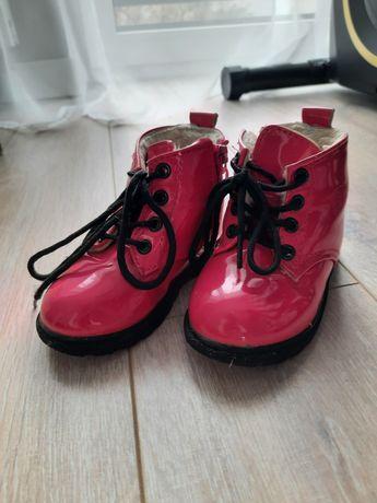 Buty, półbuty zimowe, glany lakierki, różowe, trapery roz.24
