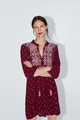Платье ЗАРА с вышивкой Zara размер M