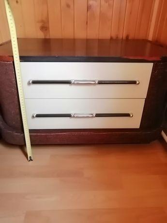 Oddam szafki z czasów PRL plus dwie inne
