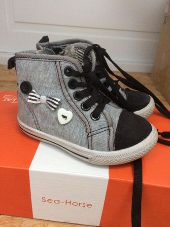 Buty, buciki dla dziecka, rozmiar 23