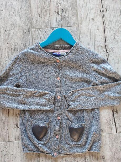 Sweterek dziewczęcy 110/116
