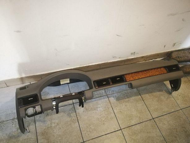 Deska rozdzielcza AUDI A6 C5 lift