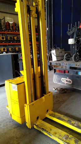 Porta Paletes elétrico 1250kg