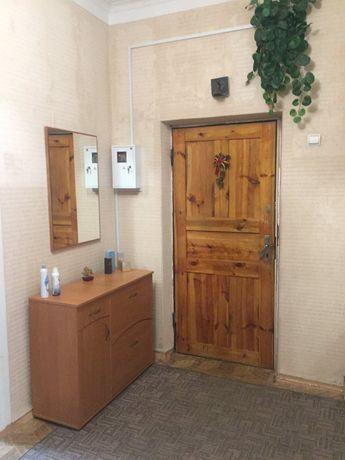 Продам высокогабаритную 4-х комнатную квартиру