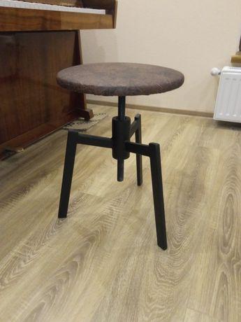 Винтовой стул для пианино. Барный стул.