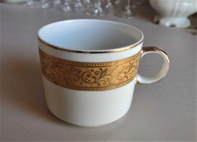 Antiga Chávena Café Branca e Dourada SPAL Porcelanas Portugal