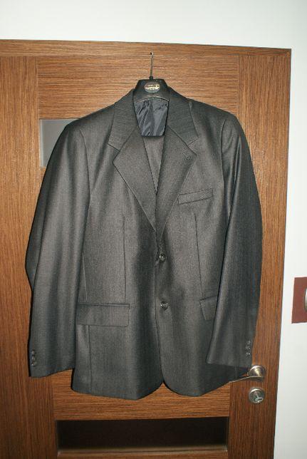 garnitur czarny męski