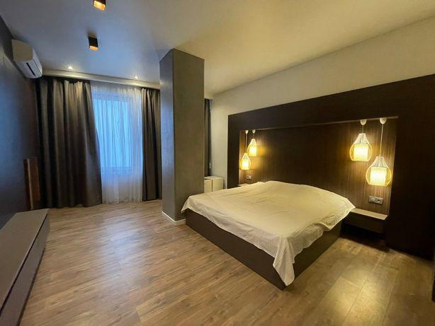 Продам 4-комнатную квартиру 179 кв.м. с ремонтом в Аркадии. 1O14