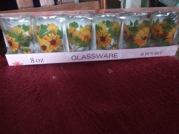 Набор стеклянных стаканов с рисунком
