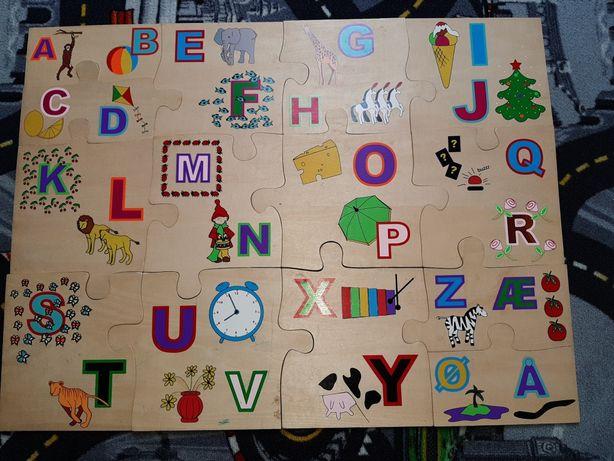 Zabawki,puzzle drewniane piankowe. Laptop edukacyjny