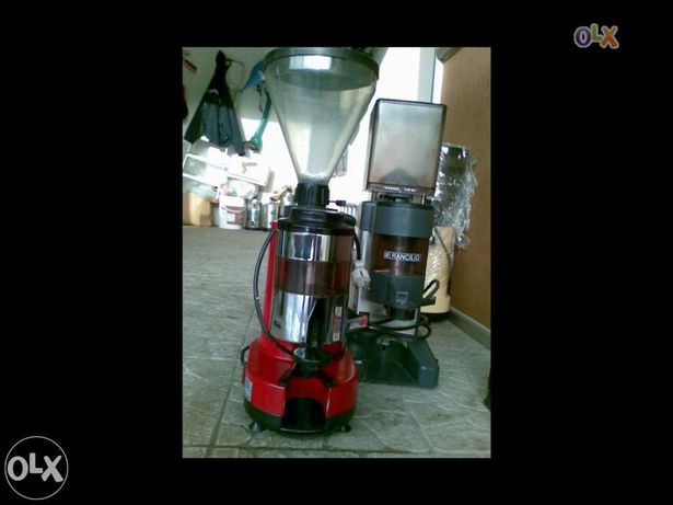 Moinhos de café semi novos
