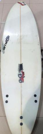 Prancha de surf 6'1 JS Usada