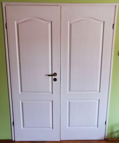 Sprzedam komplet 7 drzwi wewnętrznych białych