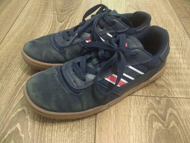 Кроссовки для мальчика, футбольные кроссовки