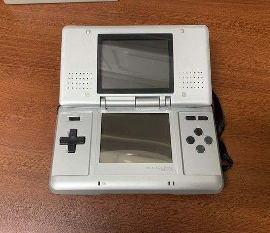 Consola Nitendo DS + 3 Jogos