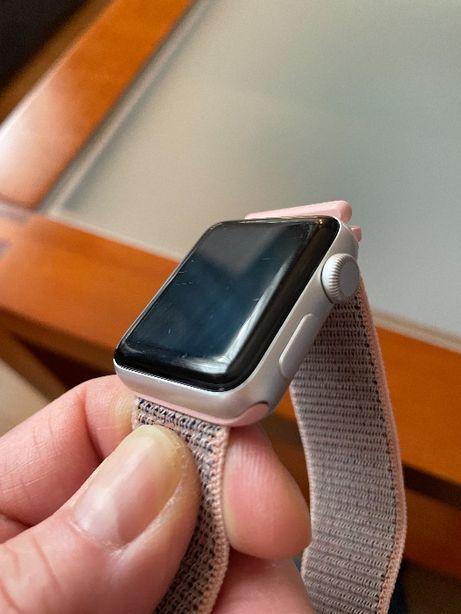 Apple Watch series 3 koperta 38mm srebrna