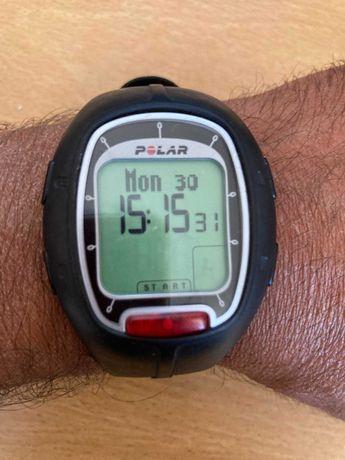 Relógio Polar RS100 com reastreamento HR