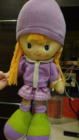 Lalka szmacianka okolo 40 cm.