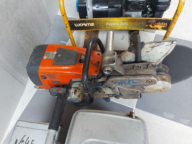 Motoserra stihl de cortar ferro