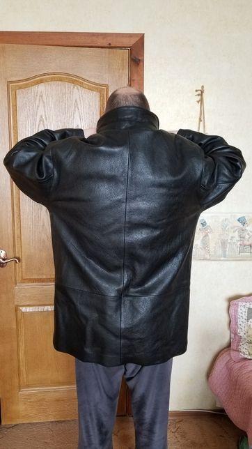 Куртка кожанная 50-52 размер