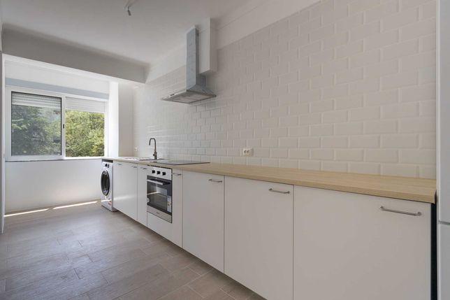 Apartamento totalmente renovado, a estrear