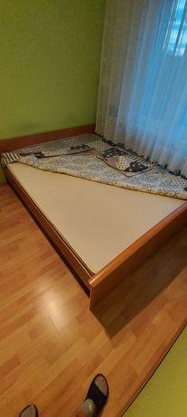 Łóżka sypialniane 200x160