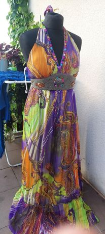 Piękna  długa sukienka  40