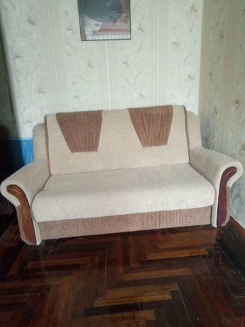 Продам диван. В идеальном состоянии.