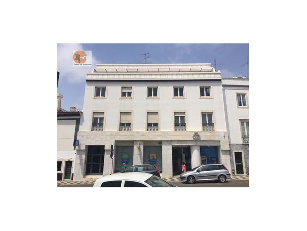 Imóvel Banco Apartamento em zona central T3 Estremoz